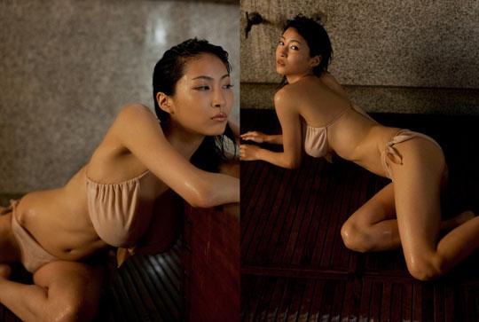 Asana Mamoru  nackt