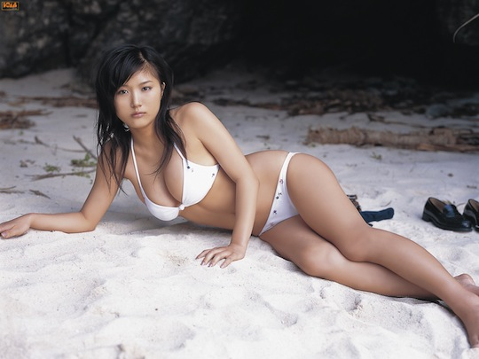 ai 愛衣 セクシー japanese girl model beach bikini sexy