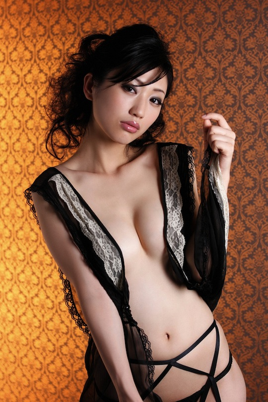 japanese girl hot sexy satin nude