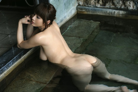 japanese girl wet body sexy hot naked bath bathing sento onsen