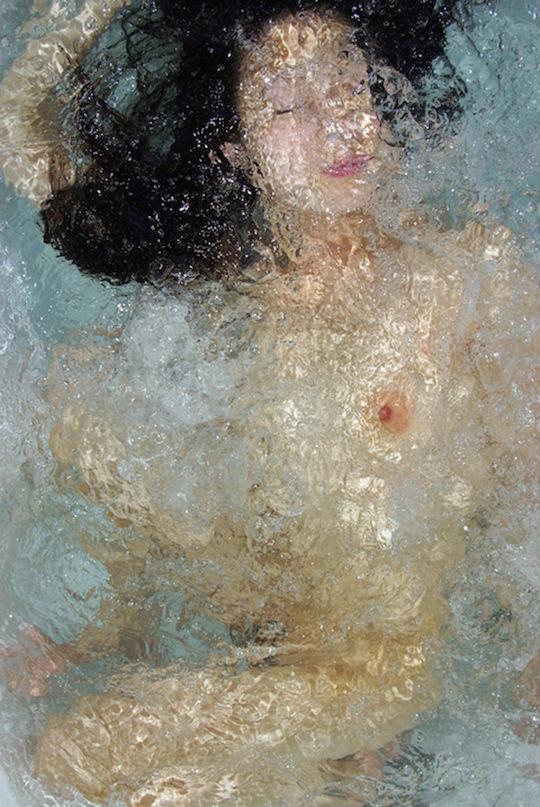 suisou noriko yabu underwater selfie erotic art water bath