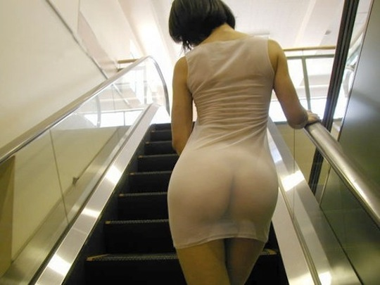escalator japanese girl butt skirt sexy