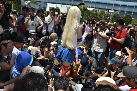 comiket 86 cosplay otaku photograph camera pervert geek japanese men