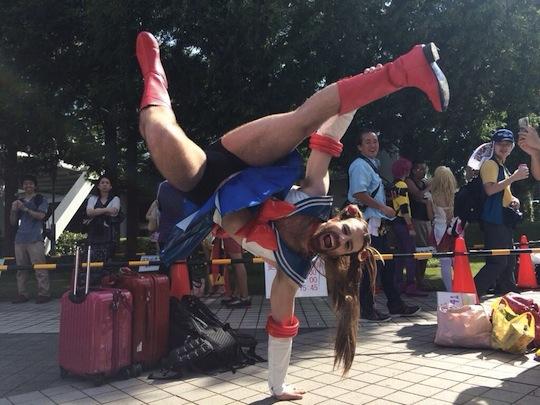 comiket 86 odd scenes weird cosplay people geeks gaijin