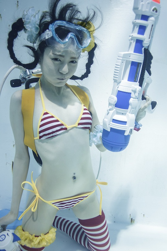 suichu niso underwater plus knee high socks cosplay diving fetish photography manabu koga japanese girls manami yamaguchi