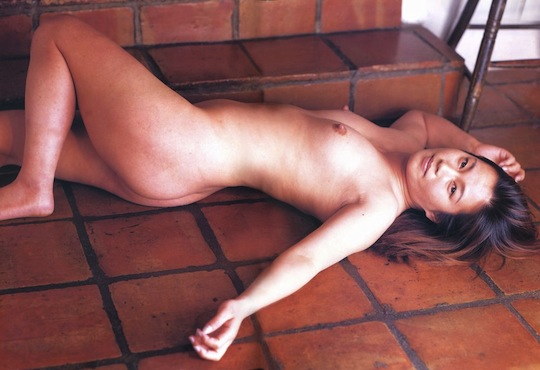 hikari fukuoka japanese wrestler female idol nude naked sexy photo gravure full frontal sexy