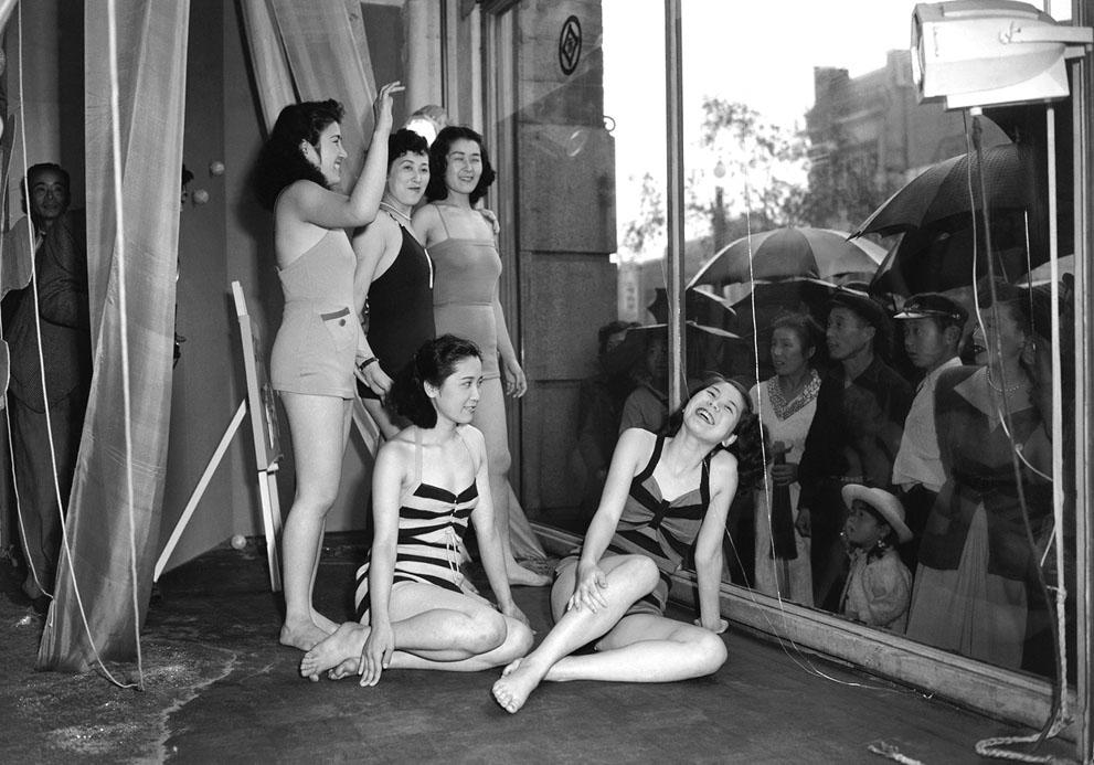japan 1950s department store window girls