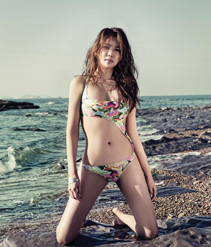 Korean top nude picture 10