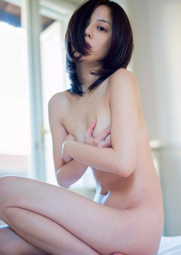 Angie carlson accidental nude