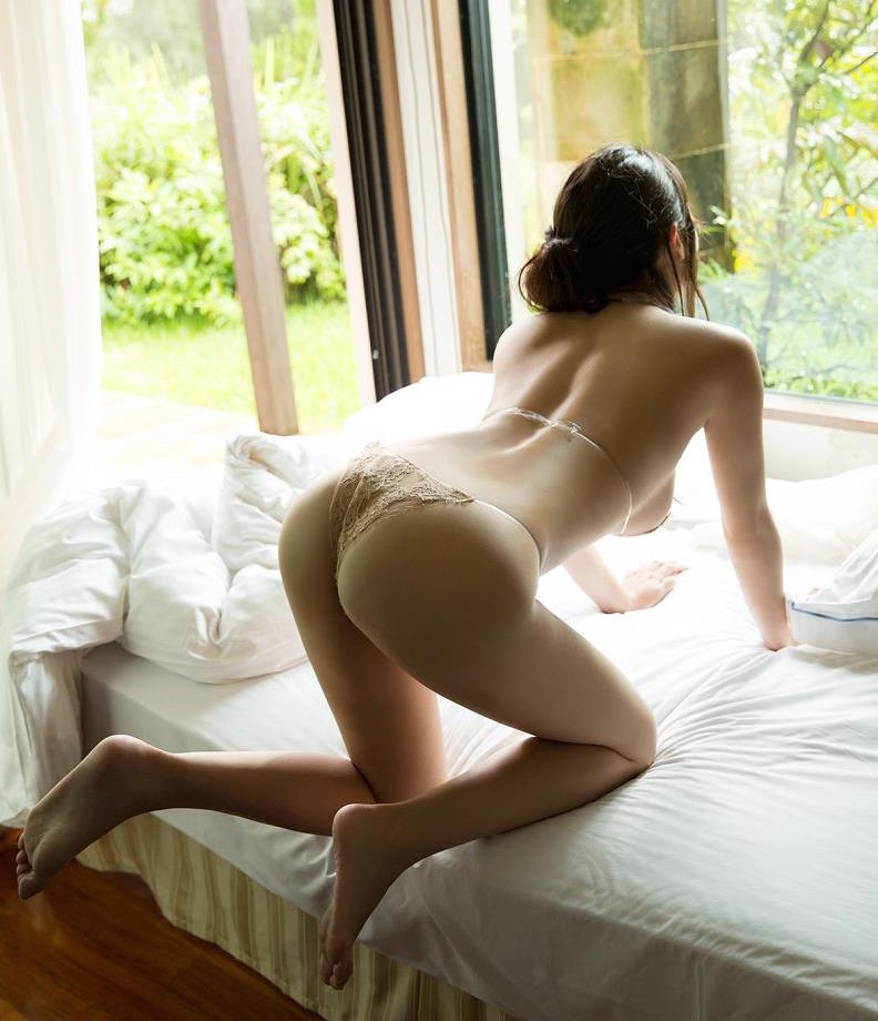 shoko takasaki amazing ass gravure idol model lingerie