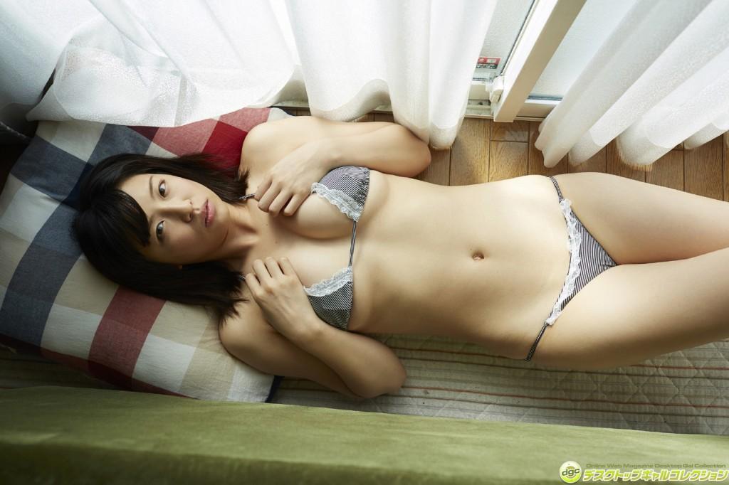 Hot asian girl threesome