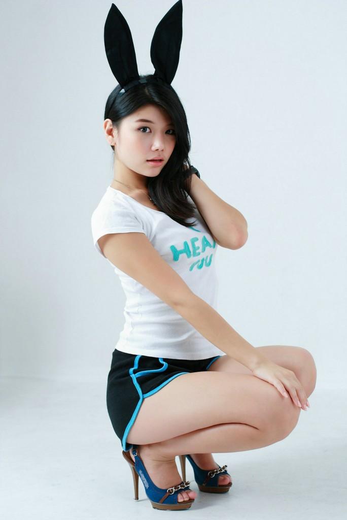 Korean Model Choi Hye-Yeon Ravishing In Maxim Korea Photo -3425