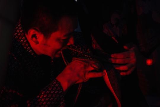 kinoko hajime shibari kinbaku rope bondage artist japanese tokyo show performance christian dada
