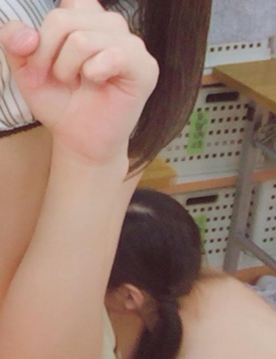 akb48 changing room selfie backstage snafu accident nude naked kubo satone