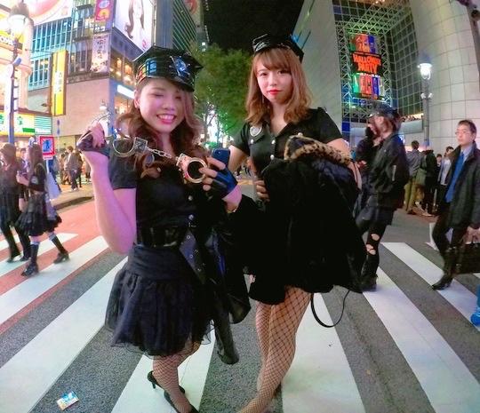 halloween tokyo shibuya japan costumes photo