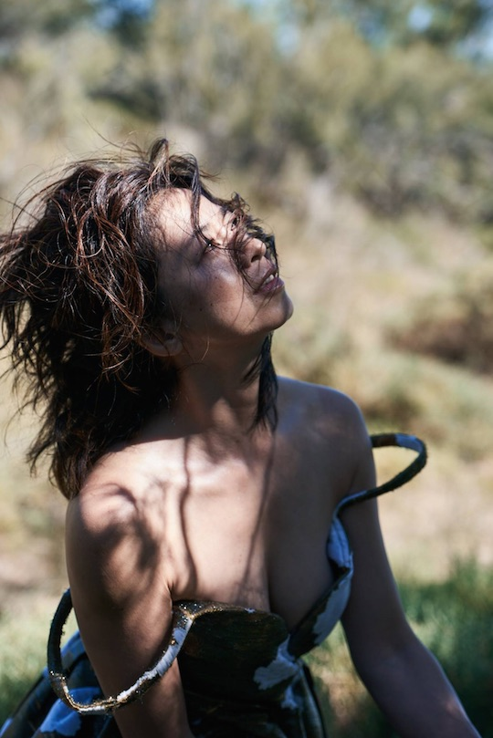 peter lindbergh nude hair photo book eri ishida jukujo hot older woman japanese
