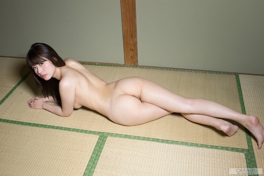saki hasumi butt naked body