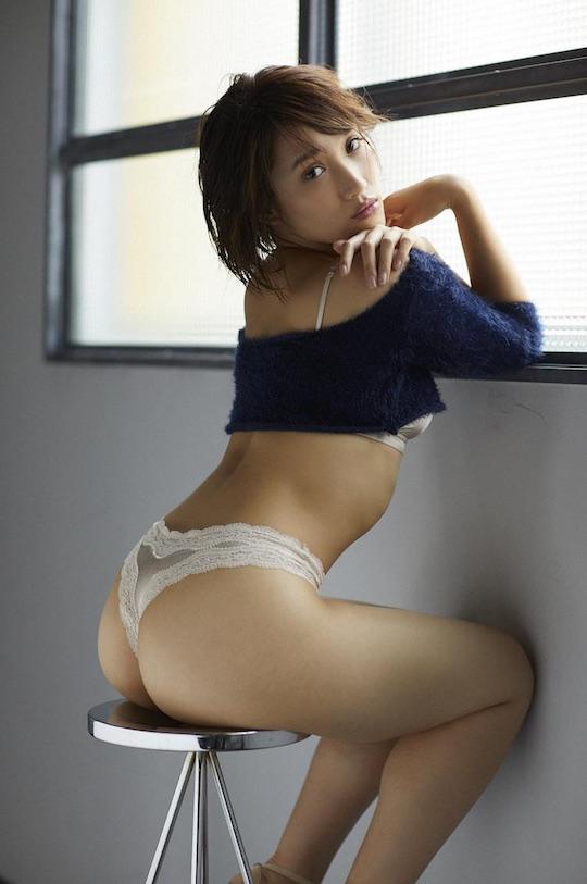 sario okada butt sexy