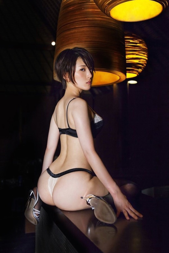 yumi asahina amazing butt