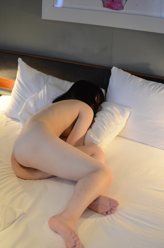 japanese nude selfie amateur sexy girl stunning body hot tokyo hotel photo bed