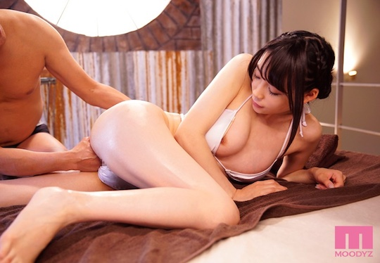 yui-tomita-japanese-college-girl-porn-adult-video-7.jpg