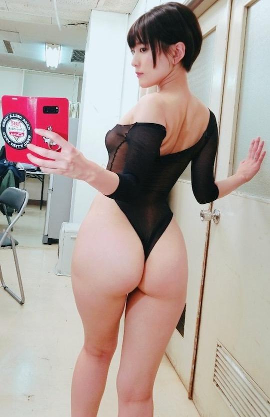 yumi asahina sexy selfie body butt
