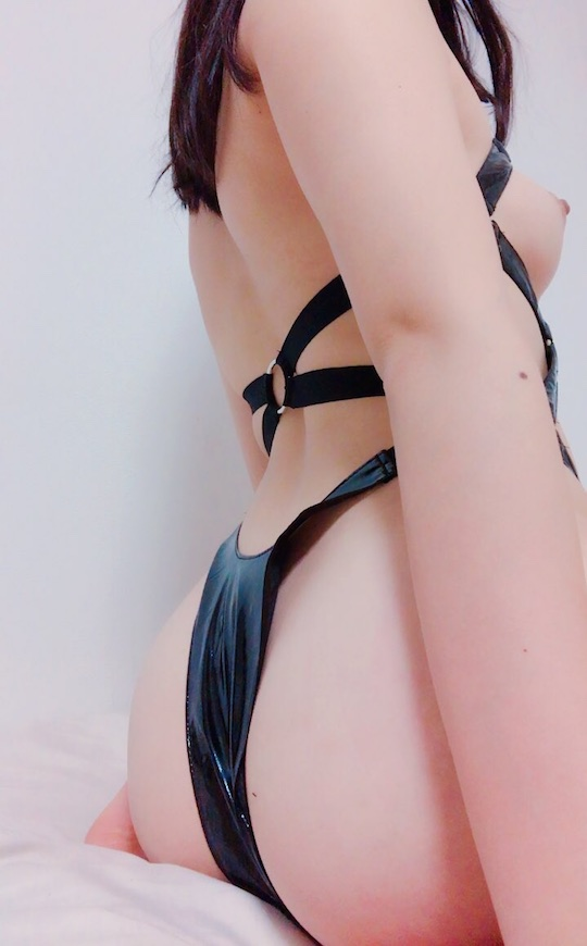 japanese nude selfie f-cup naked sexy hot body harness bdsm bondage erotic