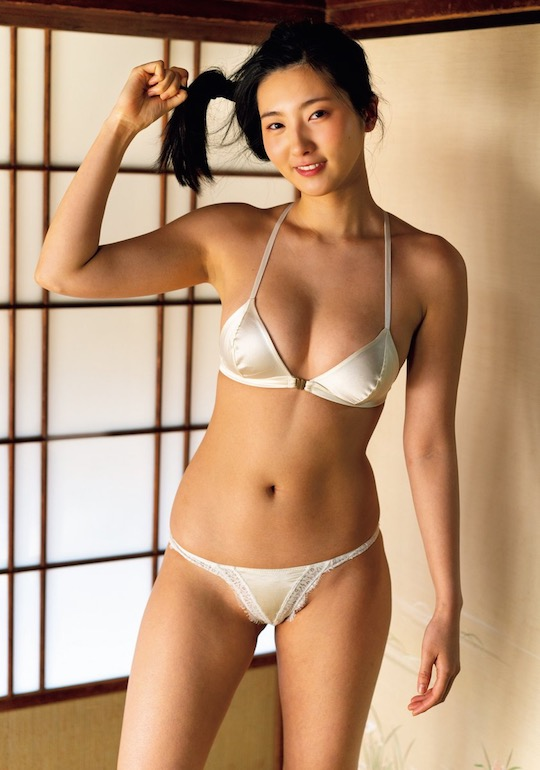 serina fukui gravure idol japanese hot sexy keio university student college gorgeous body