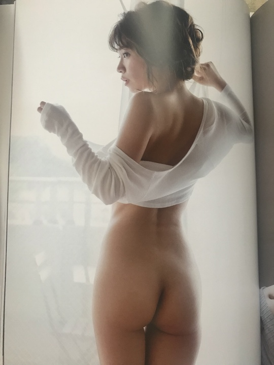 nanoka gravure idol model japan nude naked sexy butt ass