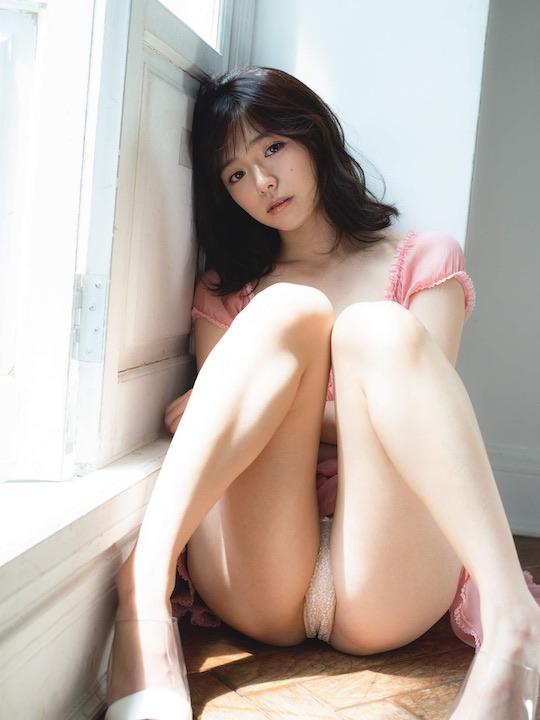 tsubasa hazuki naked nude body sexy gravure japanese model hot gradol idol butt