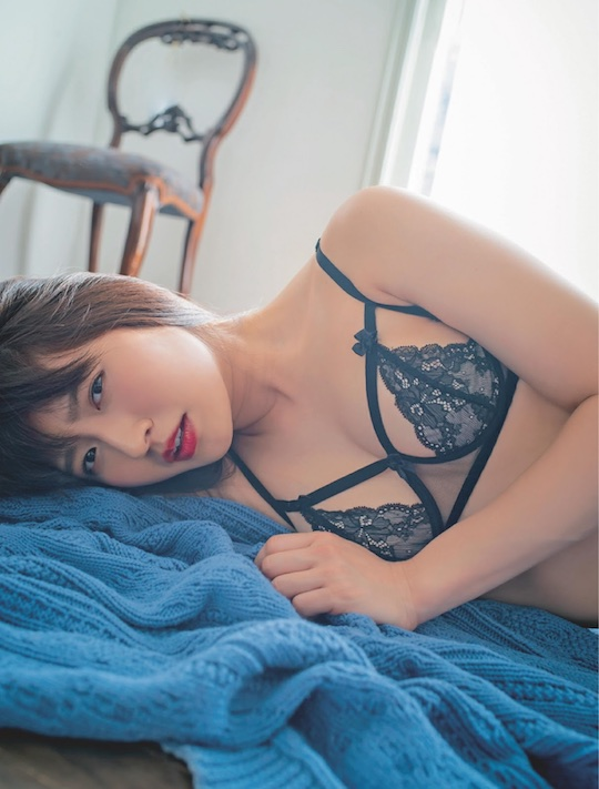 yoshikawa aimi japanese gravure idol kyoto driving school instructor